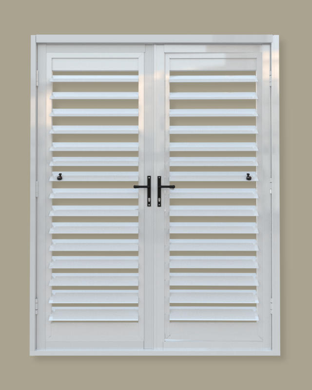 A security shutter door with no midrail. A product of Traxdor Cape. Factory resides in Mossel Bay, Western Cape